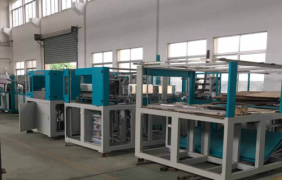 blow-moulding-machine-workshop